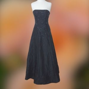 Landmark Beaded, Strapless Black Prom Gown NWT 8